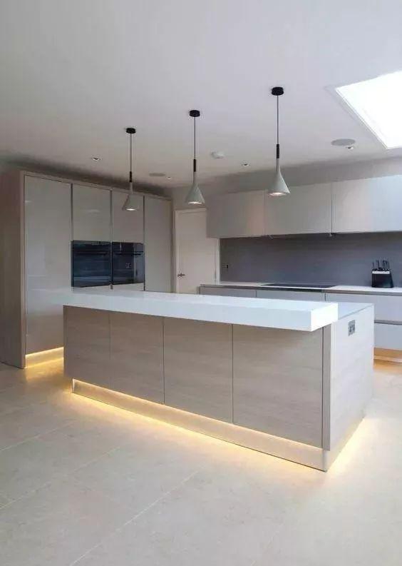 新房住了半年,总结一下厨房的装修经验,这3个地方万万要装灯