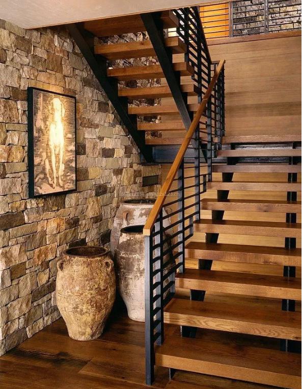 乡村二层别墅实木楼梯装修设计效果图
