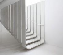 楼梯扶手怎么设计?10个简约创意的楼梯扶手设计欣赏