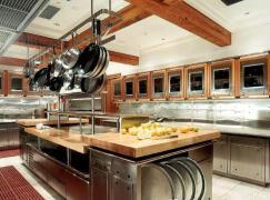 气派大方的商用厨房装修设计欣赏